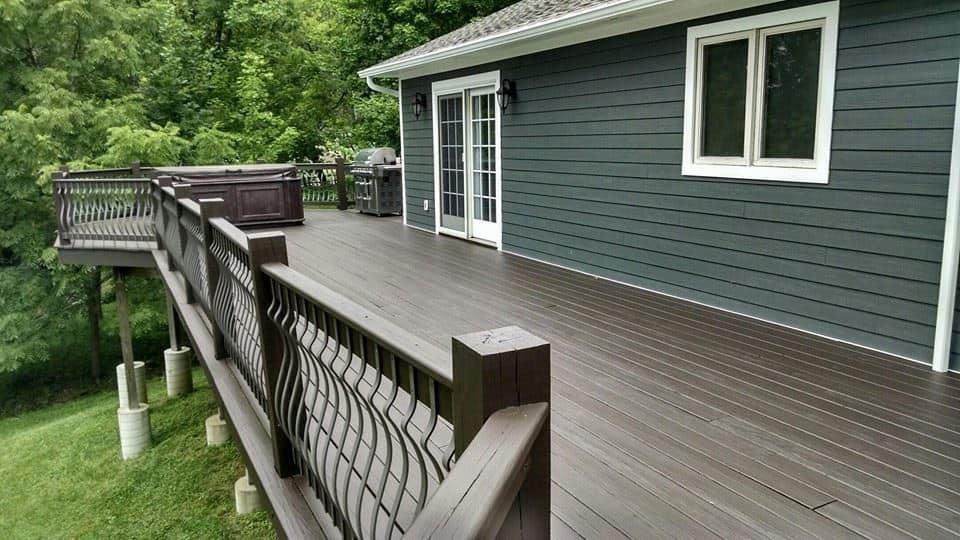 Deck-Pressure-Washing-Staining-Services