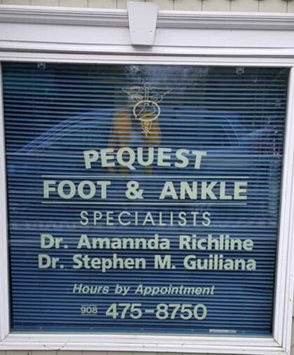 Pequest-Foot-&-Ankle